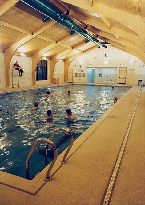 PVC游泳馆地板